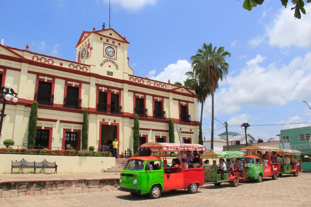 REUNION-PUEBLOS-MAGICOS-EN-EL-ROSARIO-2